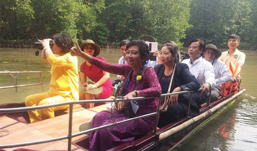 Ho Chi Minh City showcases river tour to Laos, Cambodia; mulls joint package