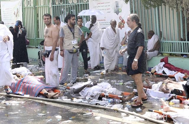 More than 717 pilgrims die in stampede in worst haj disaster in 25 years