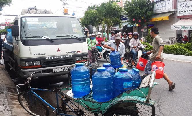 Vietnam's Mekong Delta in desperate shortage of fresh water