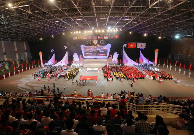 Vietnam earns income one tenth of cost of hosting sports events