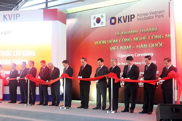 Vietnam, Korea open 'incubator' of industrial potential