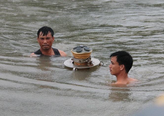 East Vietnam Sea survey team – P1: Tidal check