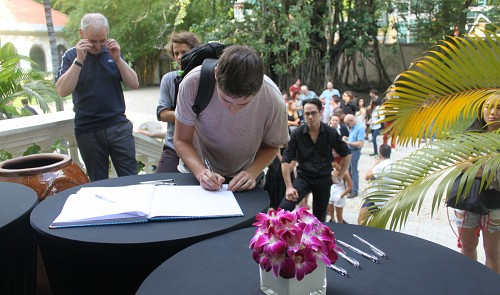 Hundreds gather at French consulate in Vietnam to pray for terror attack victims