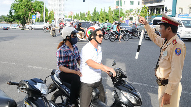 Vietnam's Da Nang to mandate ethics course for driving license seekers in 2016