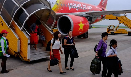 Vietnamese passenger accused of harassment fined for scolding stewardesses over lack of evidence
