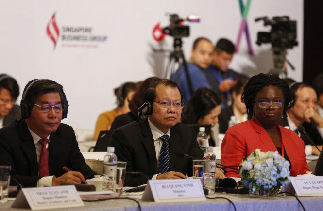 Vietnam Business Forum overshadowed by tax, customs grievances