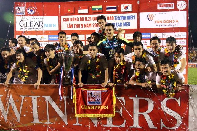 Vietnam considering selection of U-22 footballers ahead of 2017 SEA Games