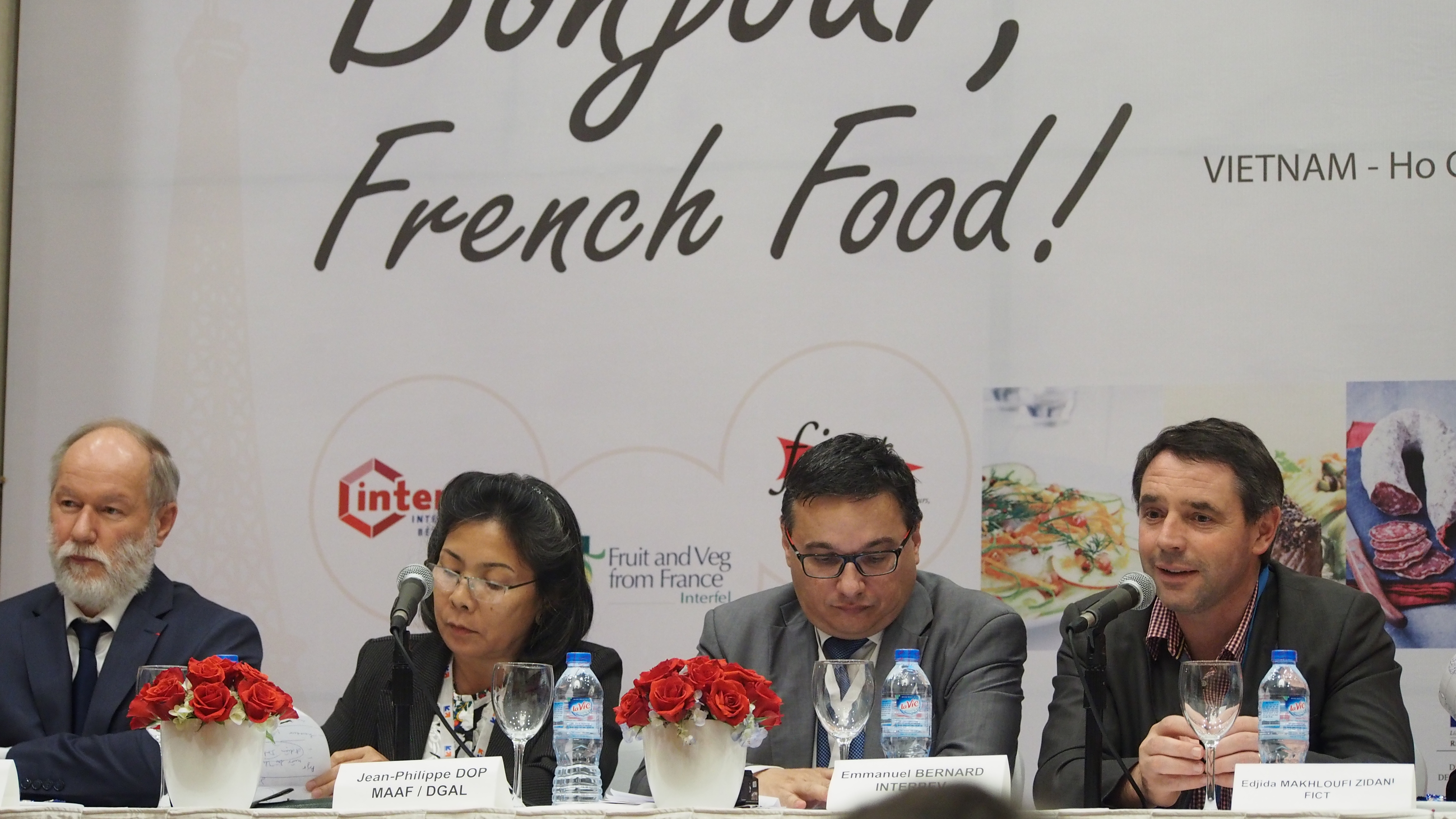 French apples, beef re-enter Vietnam, many years on
