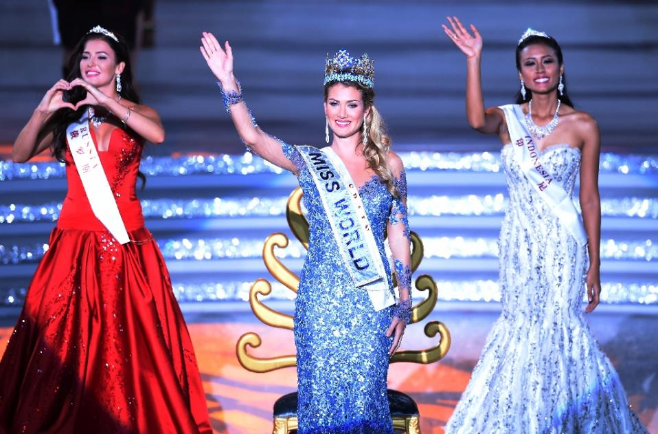 Spanish beauty queen claims crown at Miss World pageant