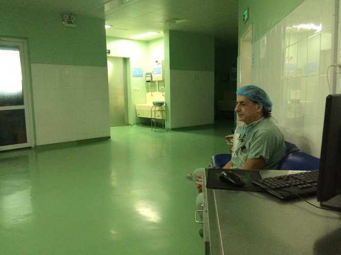 Italian urologist makes difference to Vietnamese children with reproductive defects