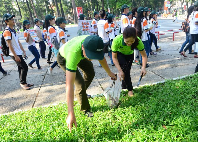 To improve Ho Chi Minh City: Building it from small deeds