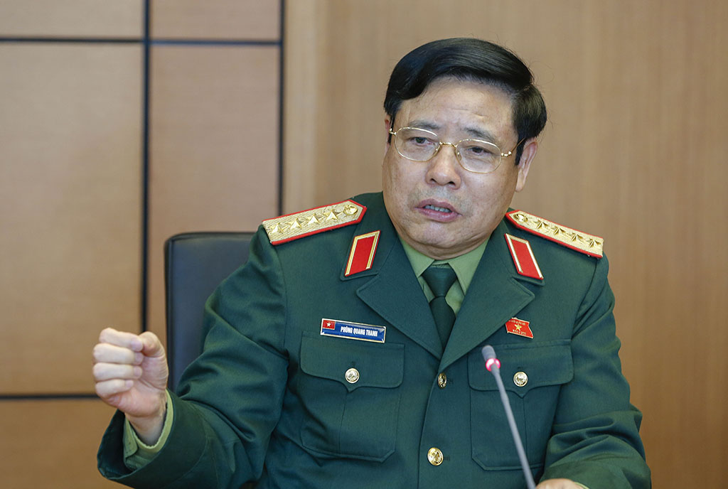 Vietnamese military hands over 20 hectares of airport land for economic development