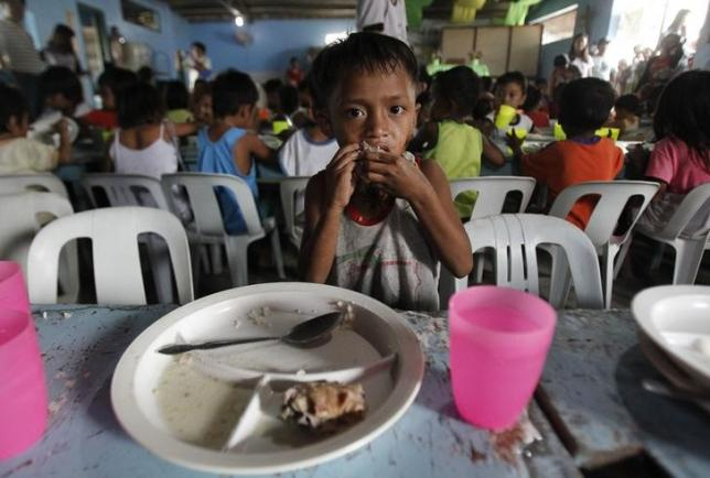 Weather, war threaten to leave millions more hungry in 2016: aid agencies