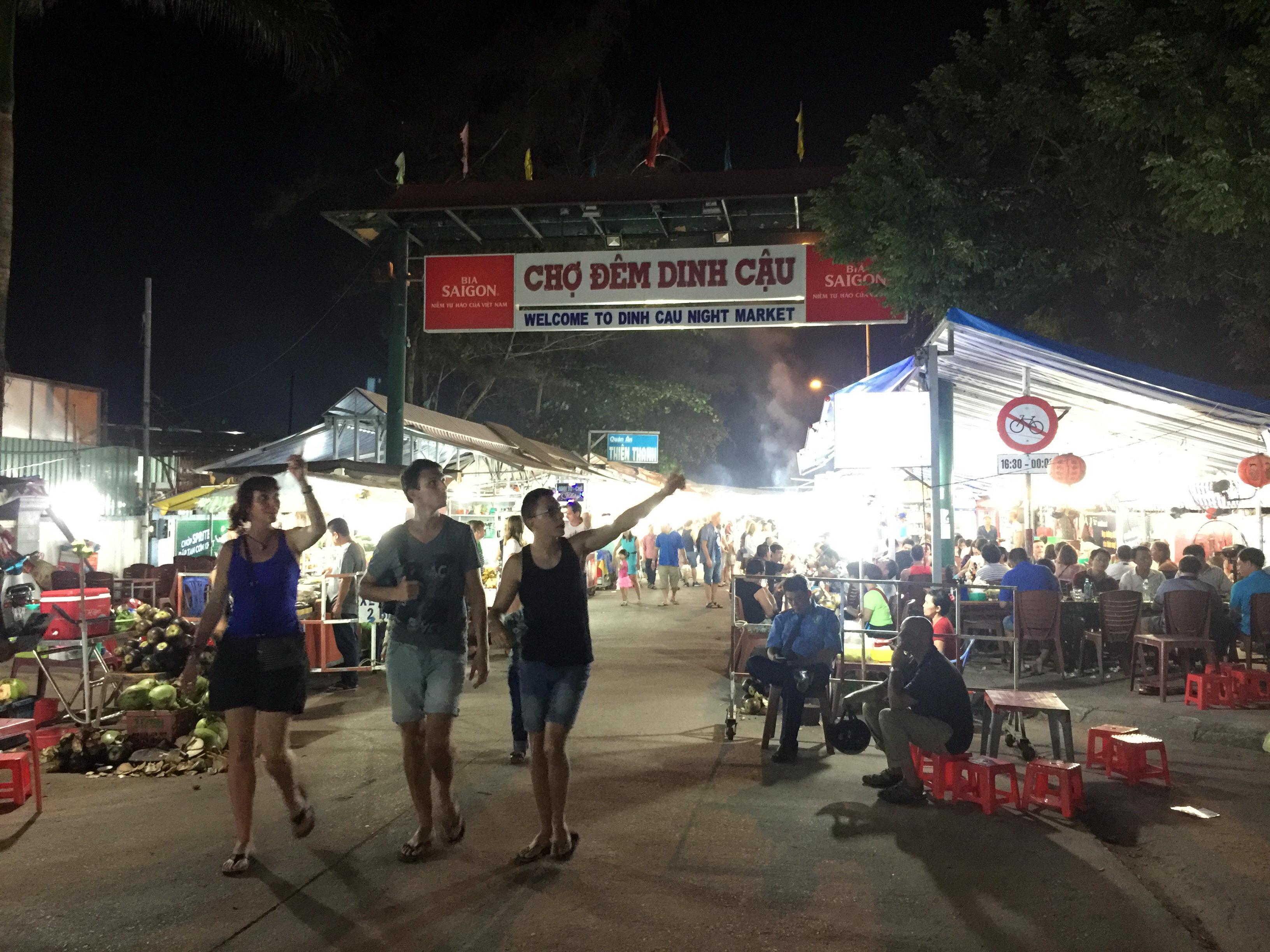 Authorities to shut down famous night market on Vietnam's Phu Quoc Island