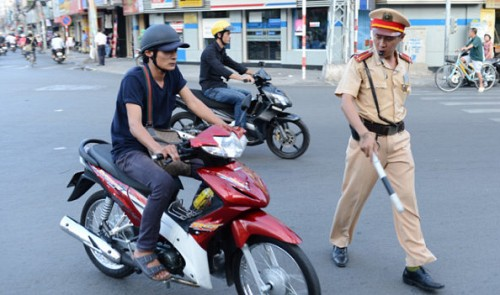 Vietnam to implement new fiat detailing authority of traffic police next month
