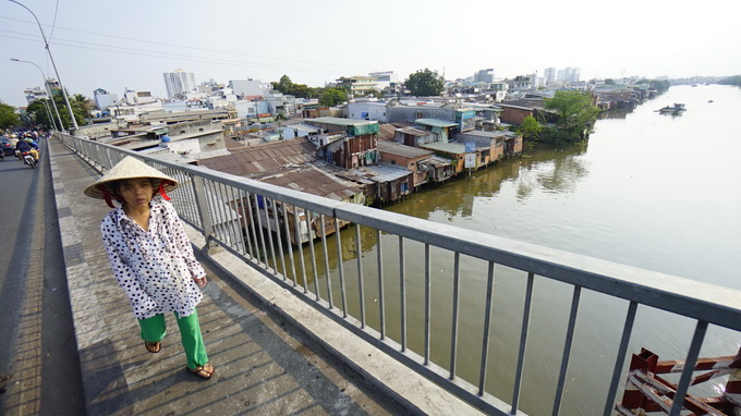 Ho Chi Minh City to relocate 5,800 more households for canal clean-up
