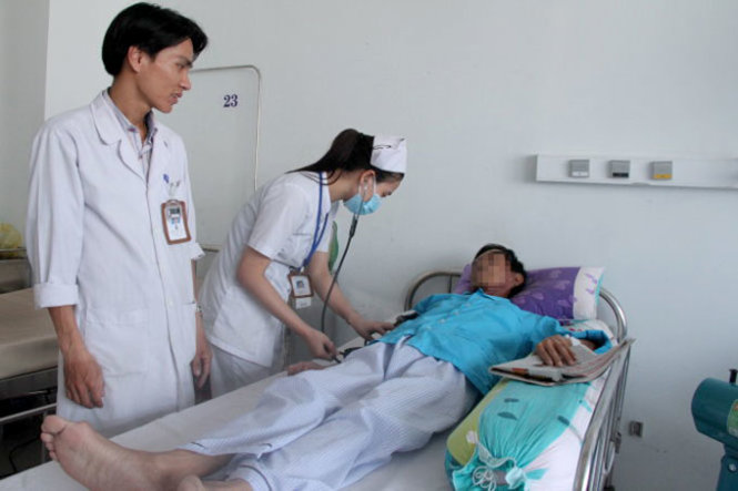 Vietnamese spend over $1bn annually treating six types of cancer: report