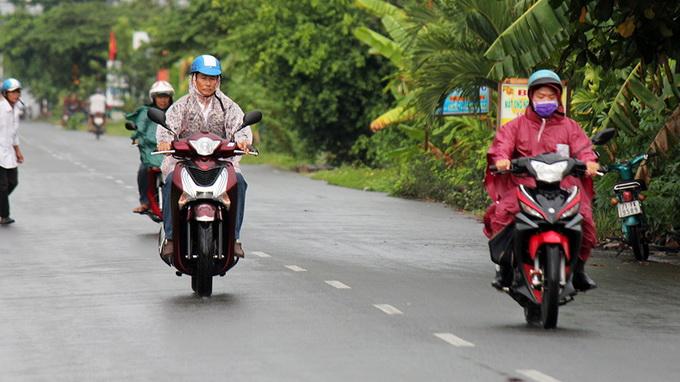 It finally rains in Saigon, Mekong Delta after long dry spell