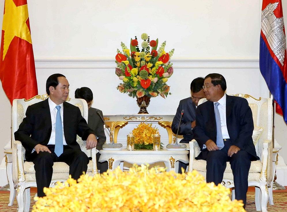 Vietnam, Cambodia to boost friendship, comprehensive cooperation
