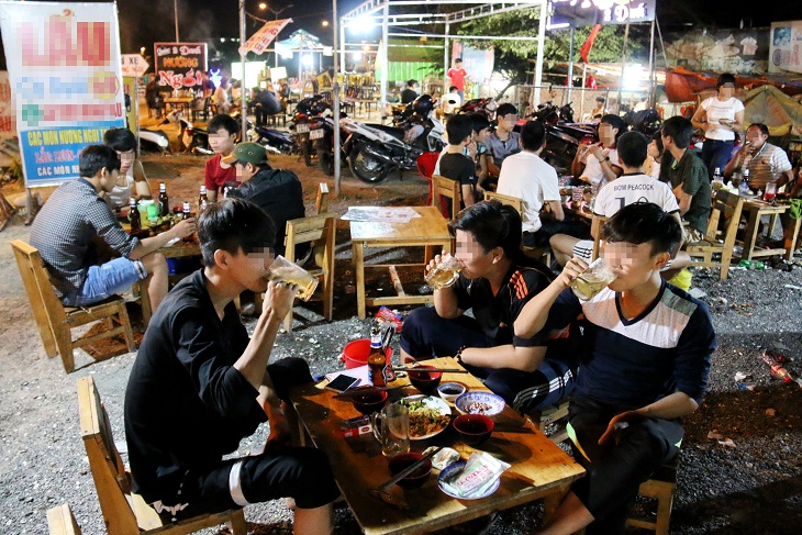 Ho Chi Minh City police propose 'curfew' on beer clubs