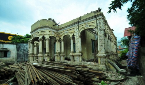 Ho Chi Minh City authorities slow to react to illegal villa demolition