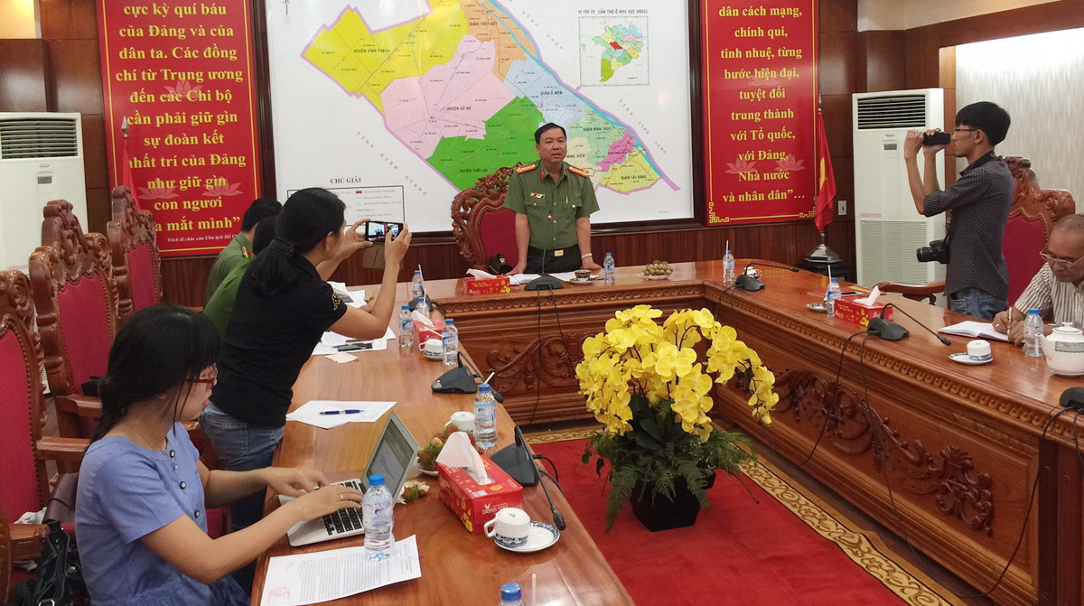 Traffic officers detained for extorting local businesses in southern Vietnam