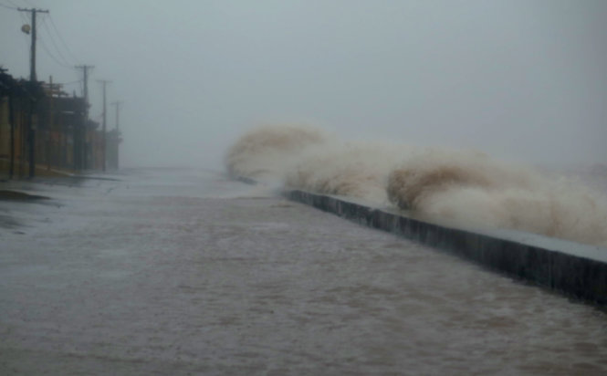 Tropical Storm Dianmu hits northern Vietnam