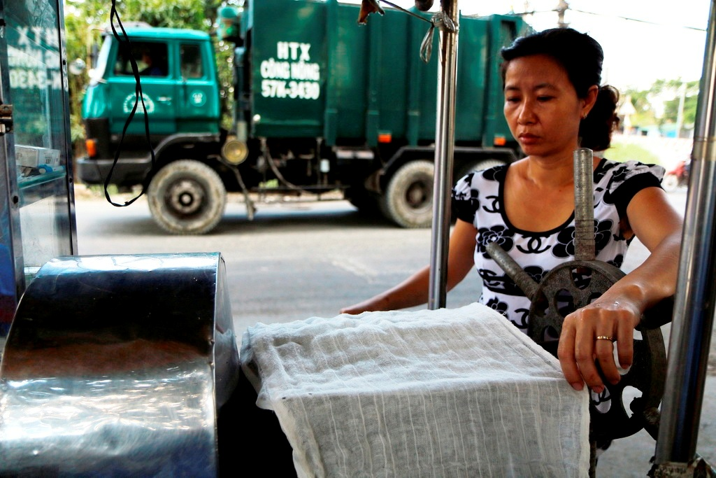 Scientists to examine mysterious stench in southern Ho Chi Minh City