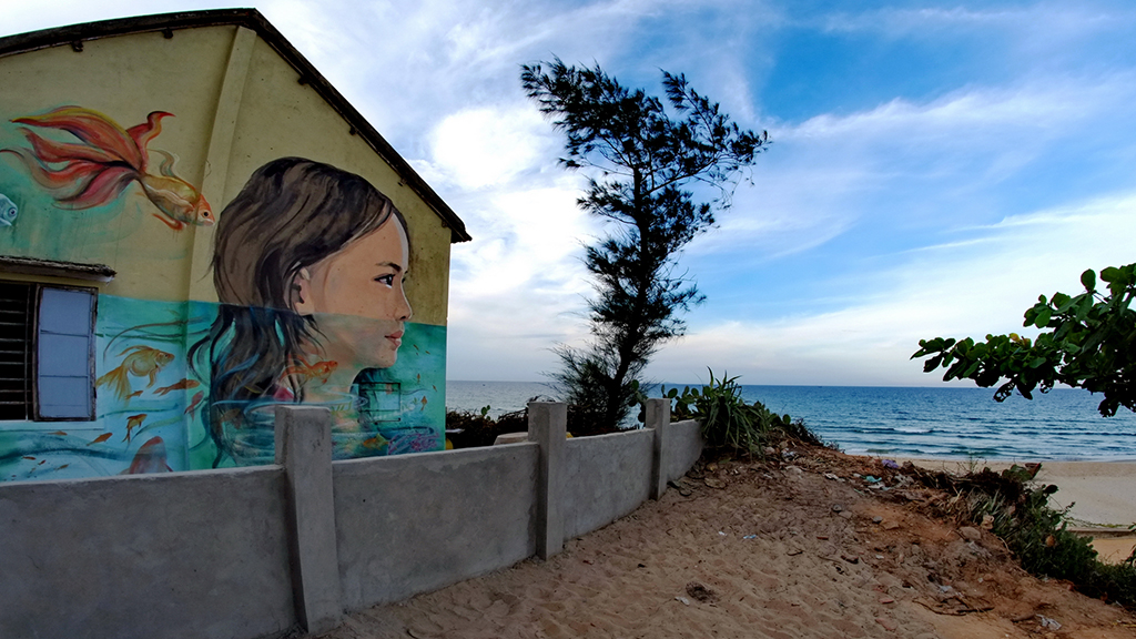 Fishing village in central Vietnam gets facelift by S.Korean artists