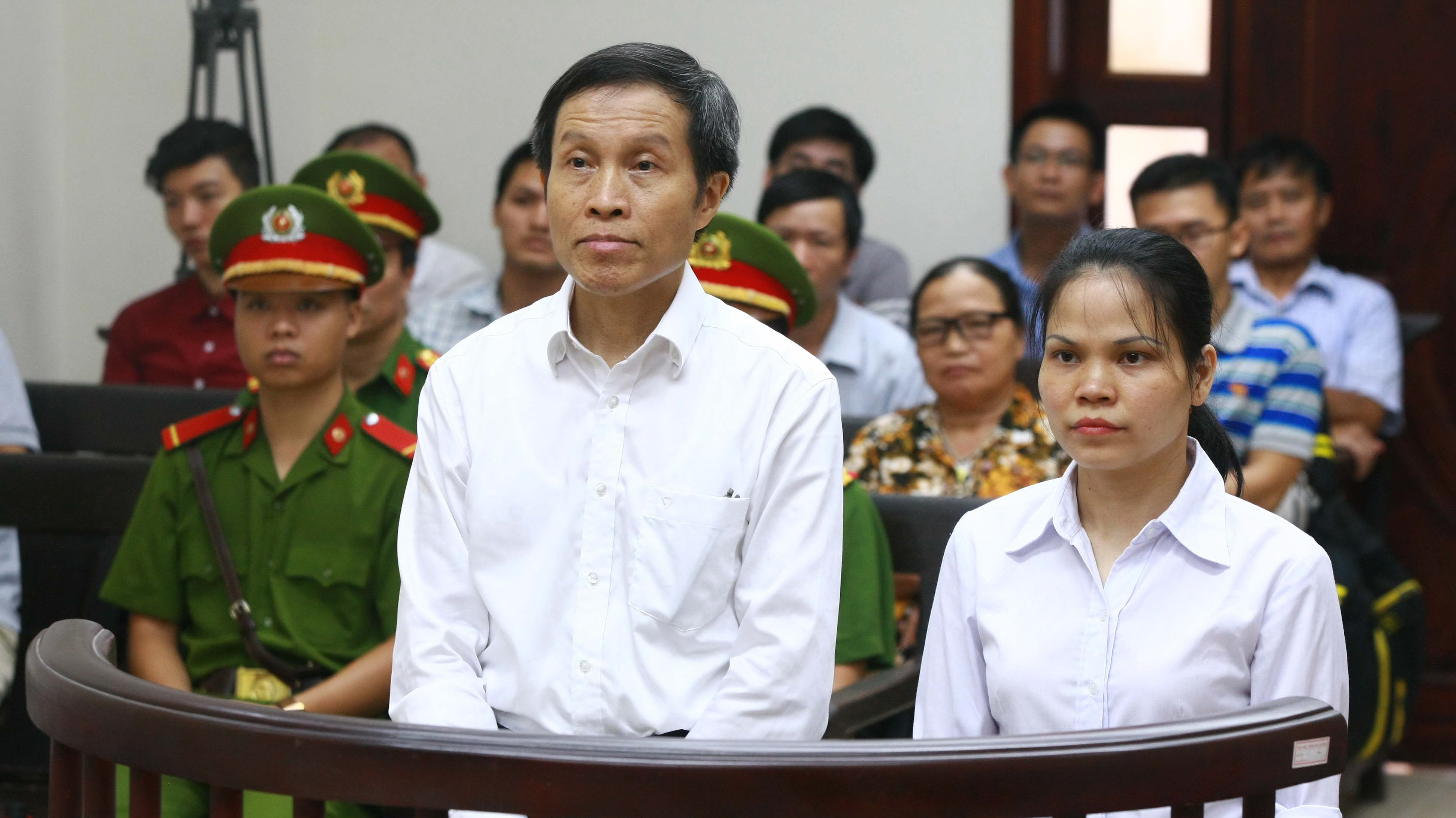 Hanoi court rejects appeal, sentences anti-government blogger to five years