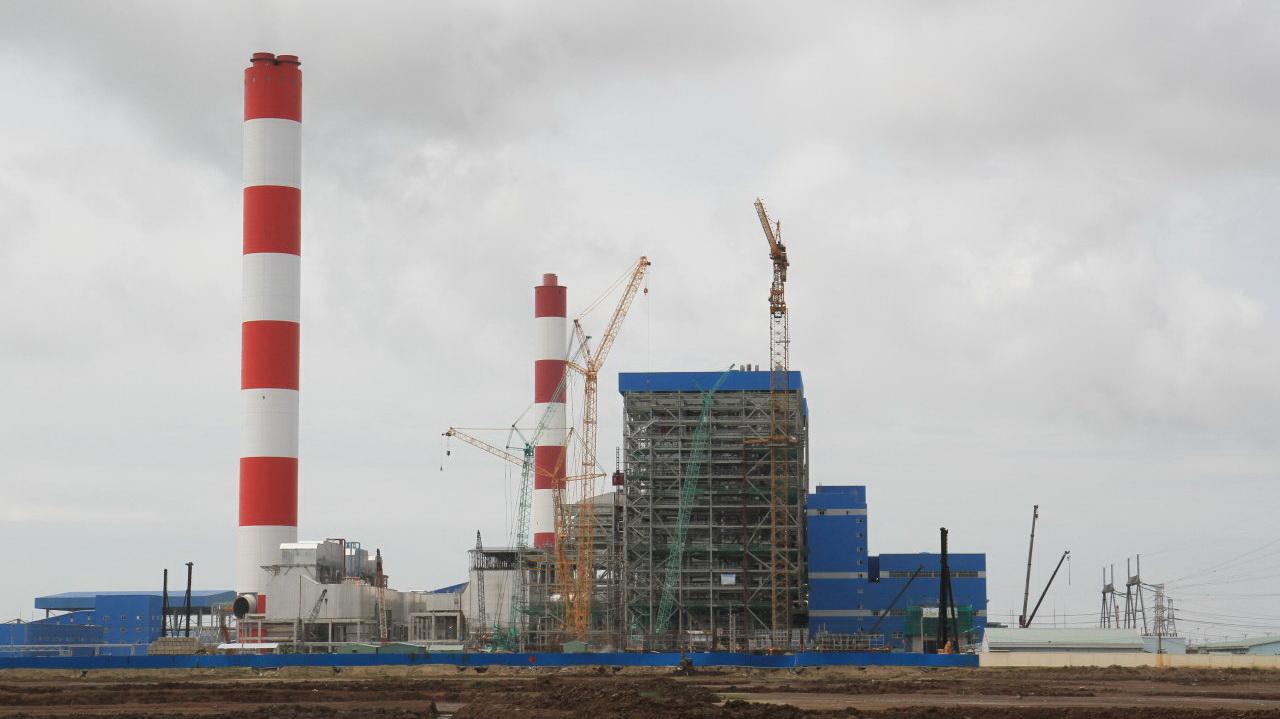 Coal-fired power plants threaten Vietnam deltas
