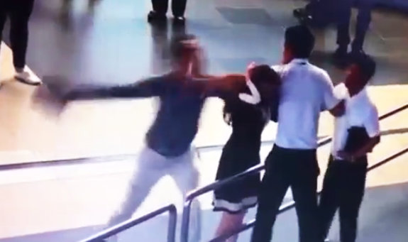 Vietnamese passengers banned from flight after hitting airport employee