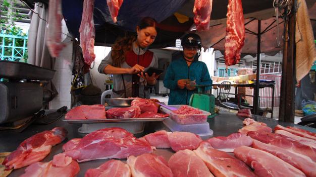 Origin of Ho Chi Minh City pork to be traceable via mobile app