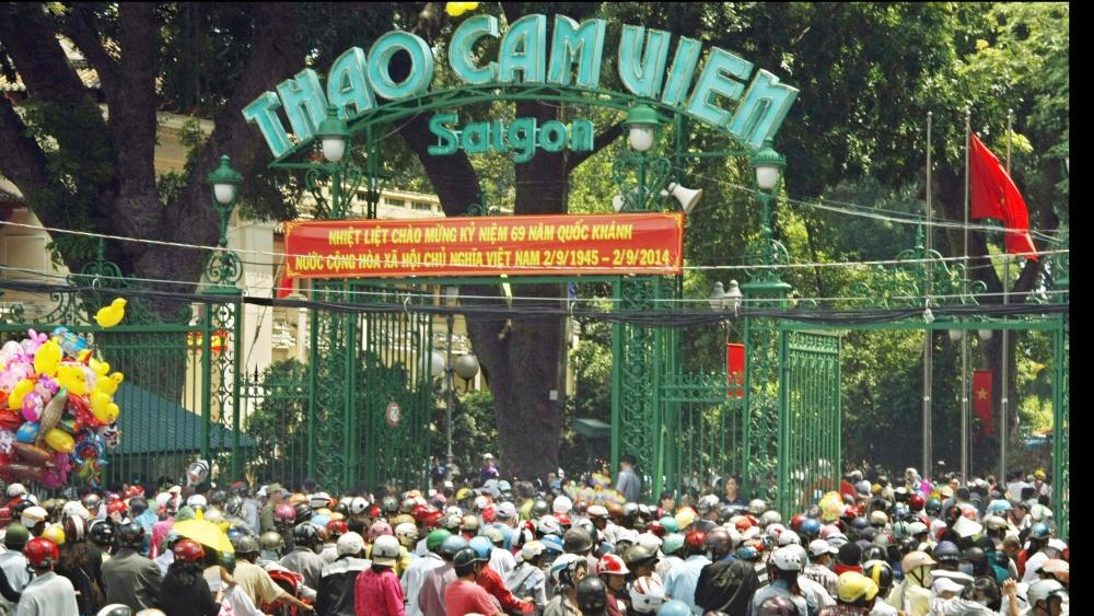 Officials OK underground parking at Saigon Zoo