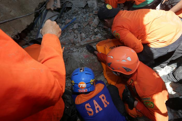 At least 25 dead, dozens missing after quake hits Indonesia's Aceh
