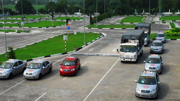 50 Vietnamese car driving trainers found using fake high school diplomas
