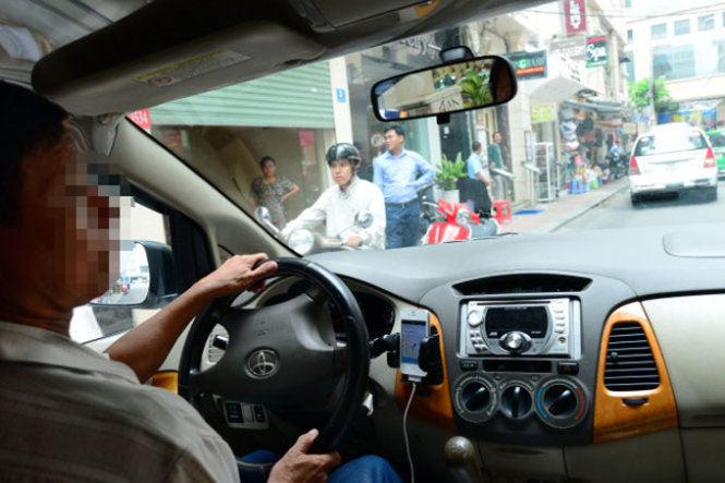 Uber Vietnam finally pays taxes for self, but not drivers'