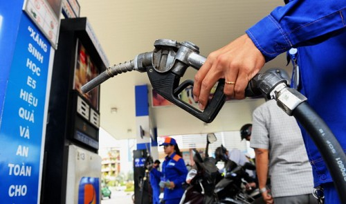 OPEC output deal has no immediate effect on Vietnam: insiders