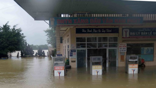 Vietnam's Binh Dinh 'knocked out' by five floods in 45 days