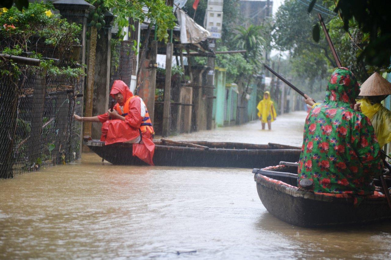 Natural disasters across Vietnam left over 250 dead in 2016