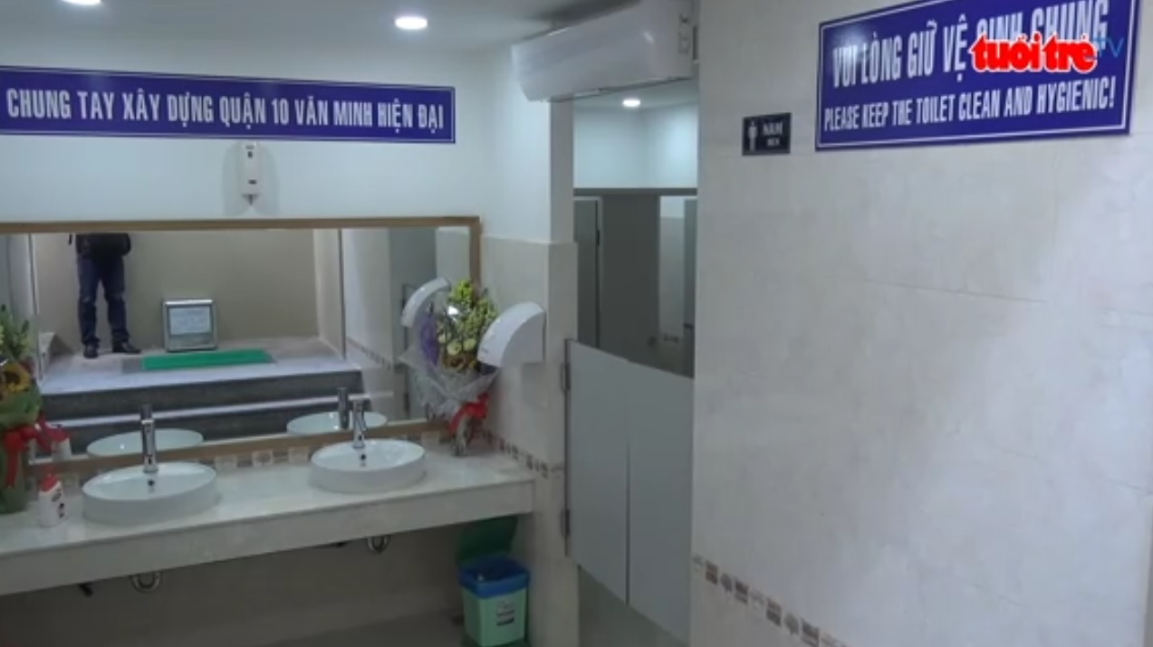 Modern public washrooms installed in Ho Chi Minh City