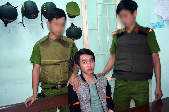 Bank robber arrested after eight-minute chase in Da Nang