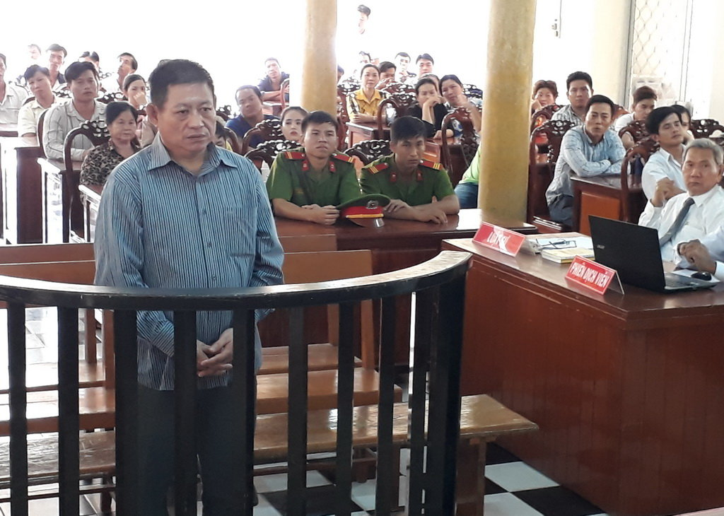 Cambodian officer jailed for 25 years for shooting dead Vietnamese
