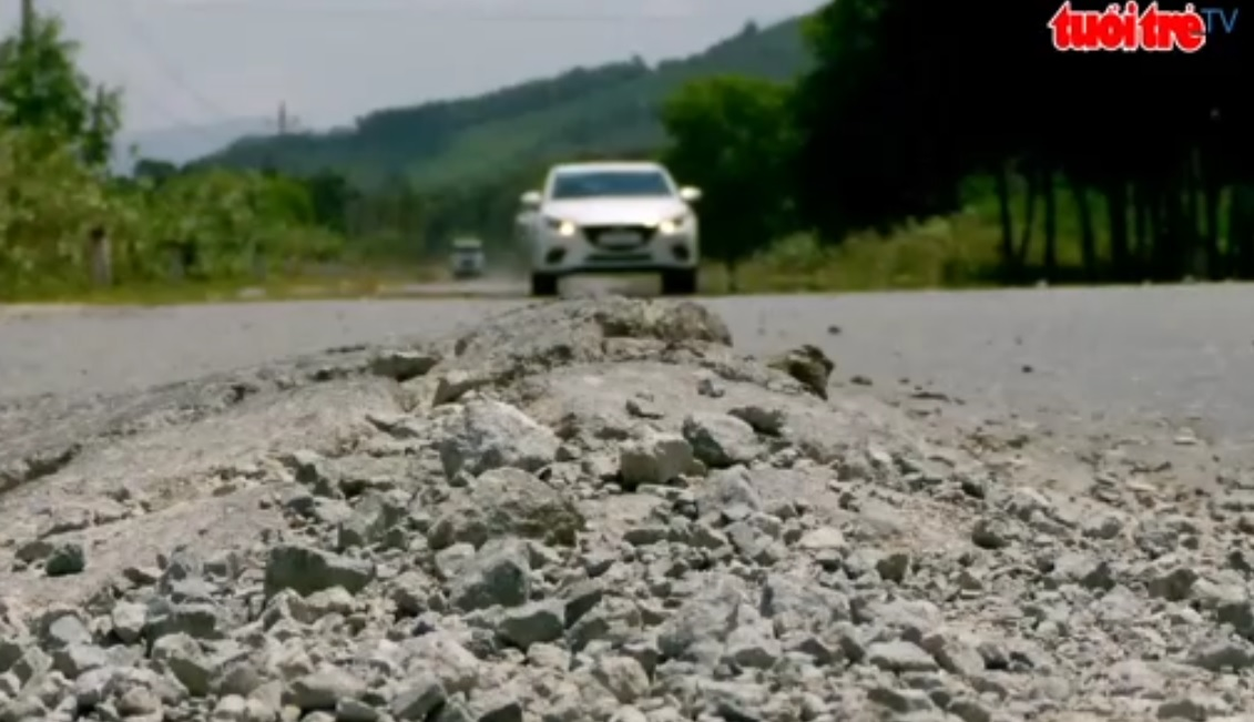 Southern national highway 27C suffers great damage