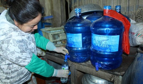 In Vietnam, 'clean-skin' alcohol as easy to buy as candy