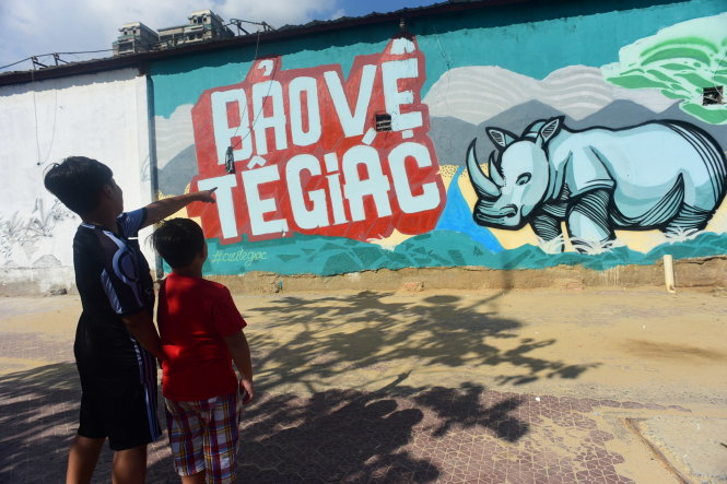 Look out: Rhinos 'invading' downtown Ho Chi Minh City