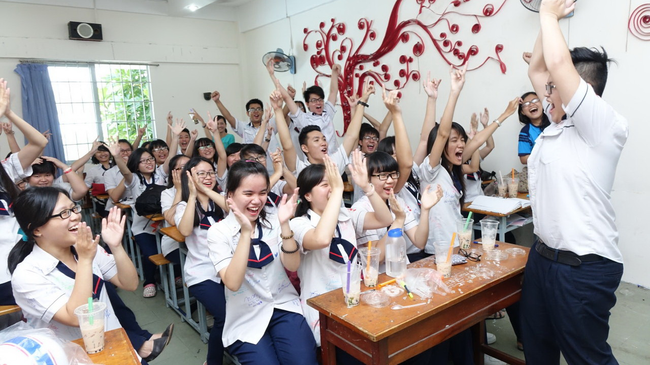 Vietnam to scrap national high school exam in bid to transform education system