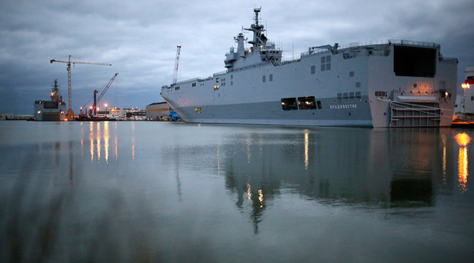 Vietnamese, French navies hold exercise off Vung Tau