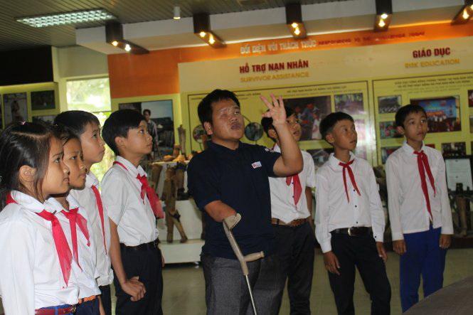 UXO victim works to educate in Vietnam