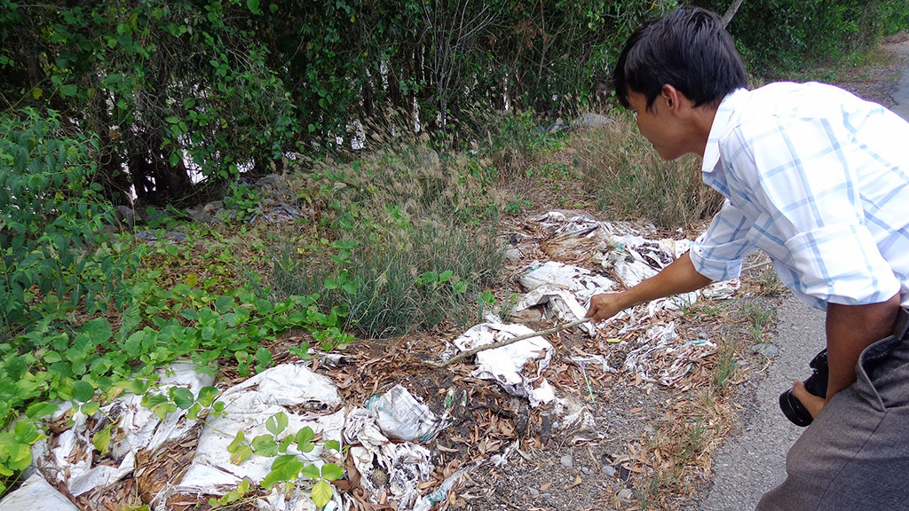 Couple hired to bury 200 tons of waste illegally in southern Vietnam